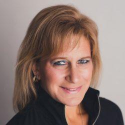 headshot of Denise Costello | Worsham College of Mortuary Science | Wheeling, Illinois